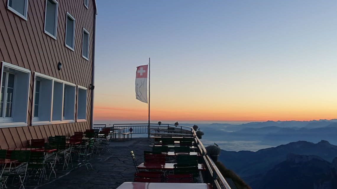 Berggasthaus_Alter_Saentis_Terrasse